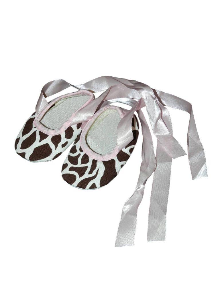 Újszerű Egyéb márka Zsiráf mintás kocsicipő (3-6hó)