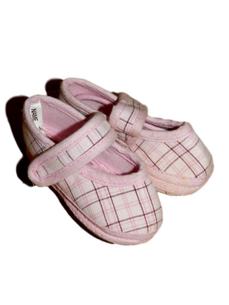 Jó állapotú Egyéb márka Rózsaszín kockás kocsicipő (62-68)