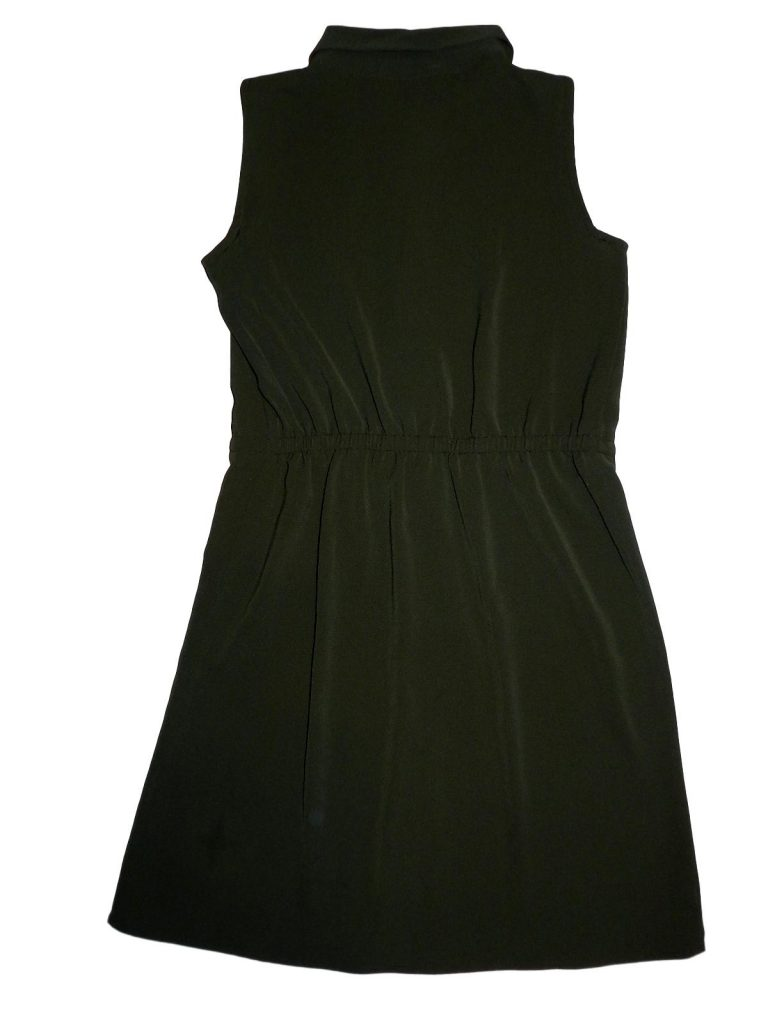 Hibátlan Young Dimension Zöld, gombos ruha (140-146)